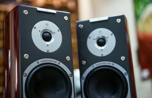 Reparación de altavoces y equipos de sonido y audio profesional